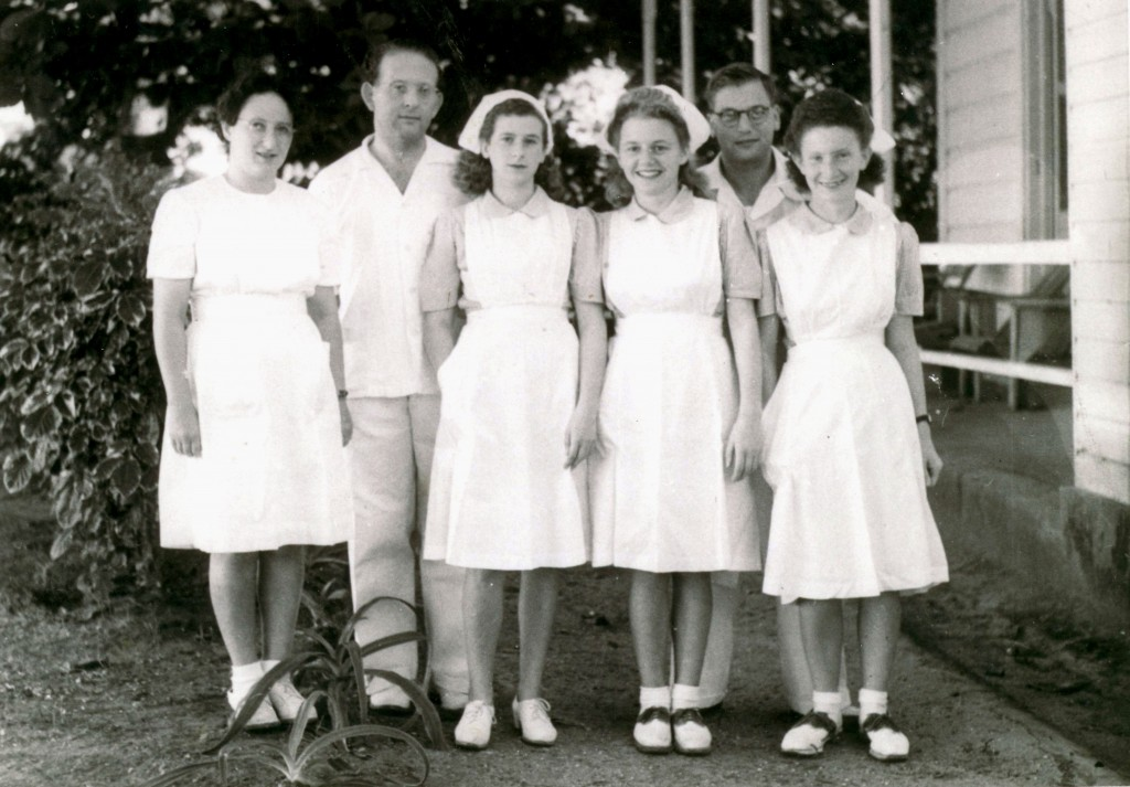 Hospital Staff l940s - Unknown, Dr Kohn, unknown(3), Ruth