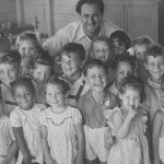 Mr Scheer with school children