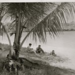 24  Sosua beach - settlers sitting in the sand