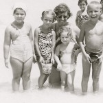4  Dela Meyer, Carie Papernik, Mrs Irene Neumann with children Nomi and Gilad, Freddy Milz;  back row unknown